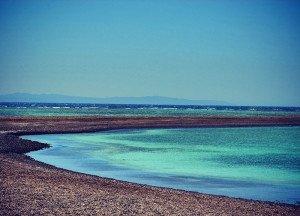 800px-Blue_Lagoon,_Dahab,_Egypt_2013-04-23_23-07