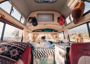 Vanlife for Digital Nomad Girls Pic 1
