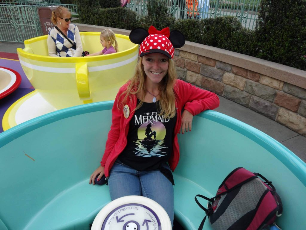 Teacups in Disneyland (1)
