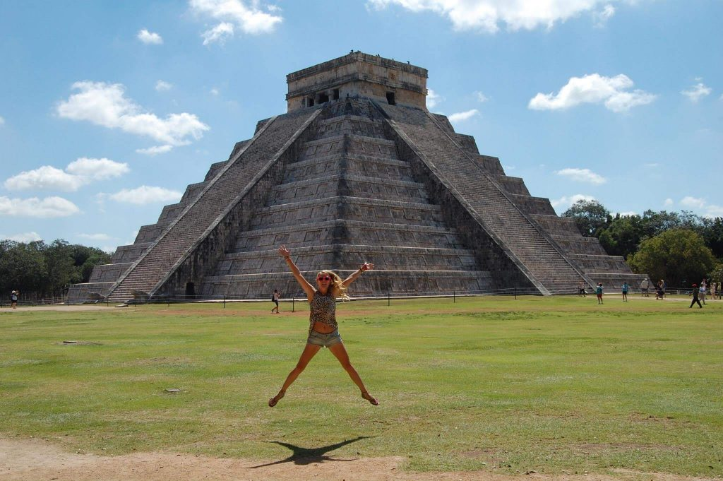 Visiting Chichenitza in Mexico (1)