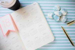 digital nomad girls book time off work calendar